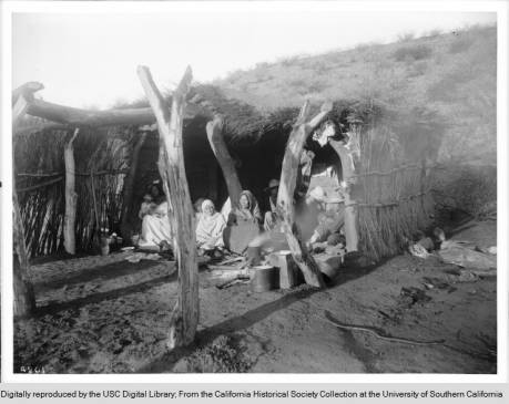 1910A_family_of_escaped_Yaqui_Indians_under_a_shelter_in_Arizona_ca1910 copy